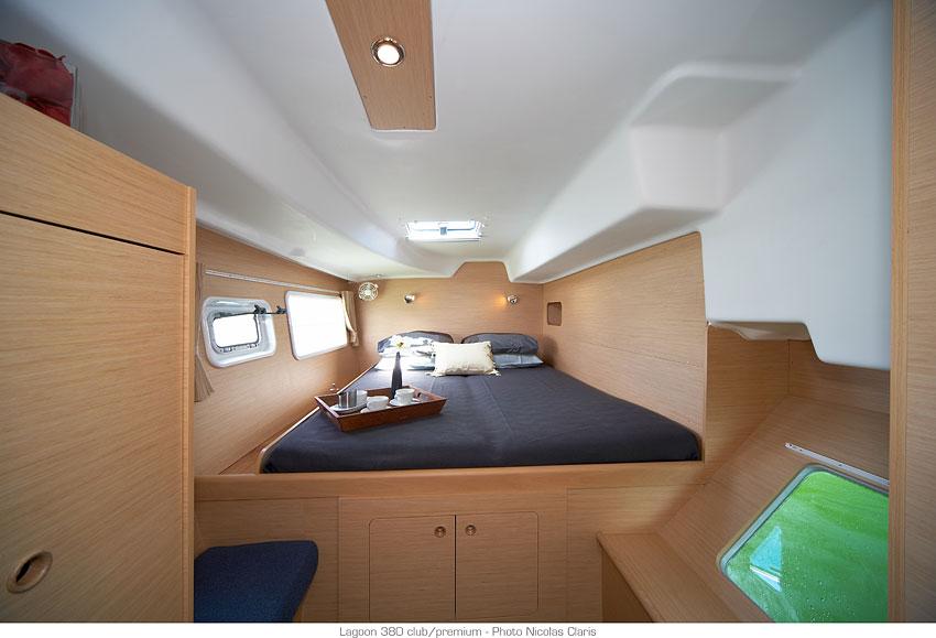 lagoon 380 - cabine